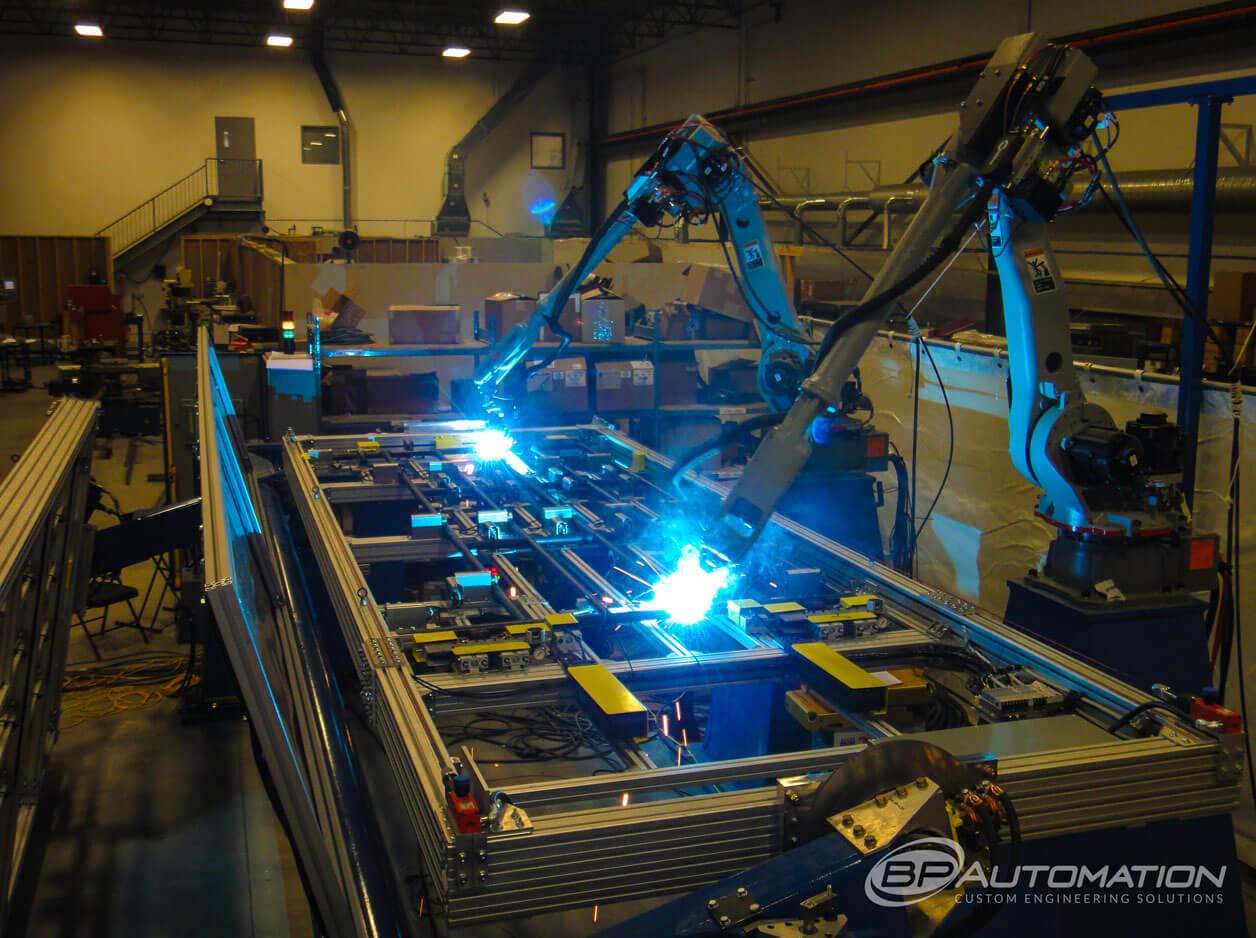 DUAL-ROBOT-PANEL-WELDING-FERRIS-WHEEL