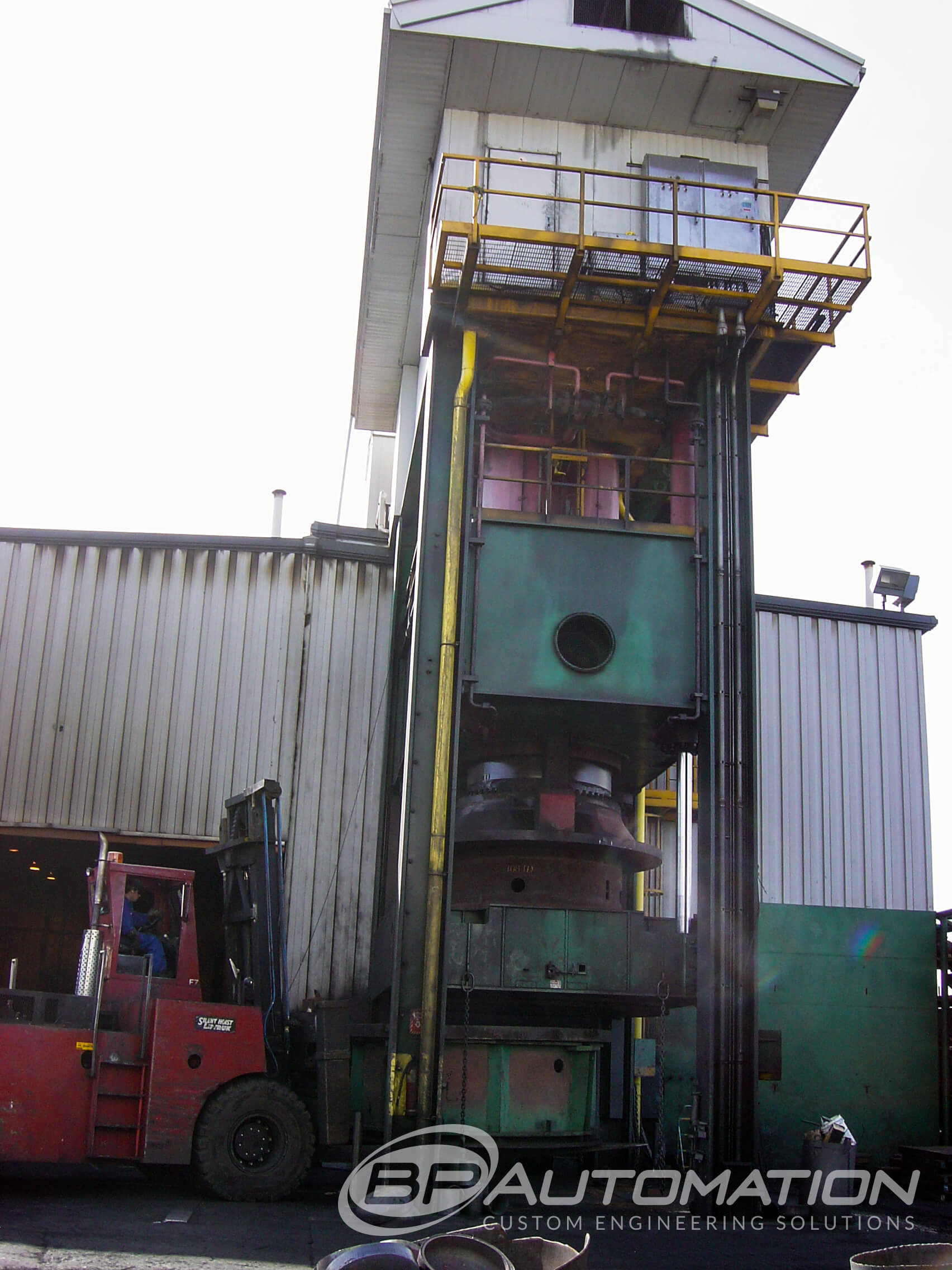 SERVO-HYDRALIC-CONTROLS-3000-TON-PRESS